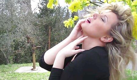 Страпонит amico figa trans amatoriale xxx con un Dildo enorme