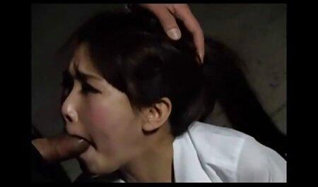 Signora con Breve capelli video porno amatoriali nuovi masturba lei micio e anale buco