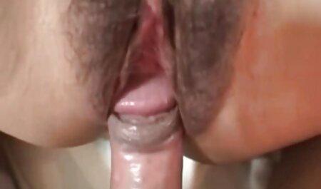 Due tedeschi divertirsi con una ragazza video film porno amatoriali
