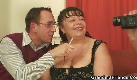 Porno Uomo con una donna matura e un amico video xxx amatoriale