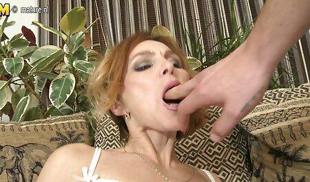 Bella infermiera video porno free amatoriali in calze bianche