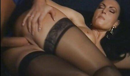 Due membri penetrano in amatoriale porn video profondità nella fica di una bella bionda