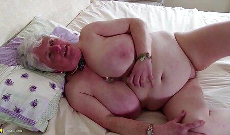 Biker vestito зрелку il rosso cap e porn video amatoriale scopata in il micio