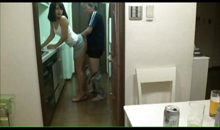 Una madre casalinghe amatoriali xxx ублажила figlio in bagno dopo l'allenamento