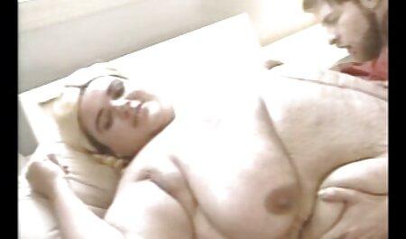Preoccupato figlio xxx scopate amatoriali seduce rossa mummia dopo la doccia