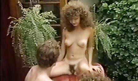 Scopata orgasmo amatoriale video bionda a casa e sborrata in figa