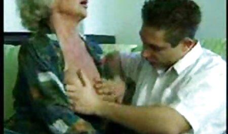 Stupro di gruppo Hardcore porno con due xxx mature amatoriali bionde