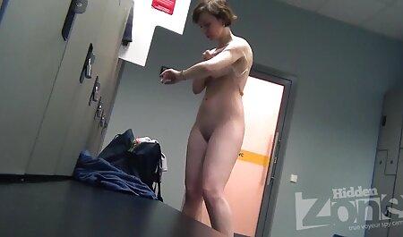 Il recentemente fuori di video porno gratuiti amatoriali prigione cleaner-gay catturato studente con la sigaretta
