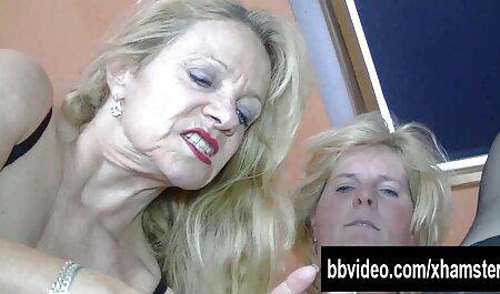 Lesbica porno tube amatoriali lecca peloso cunt e anale