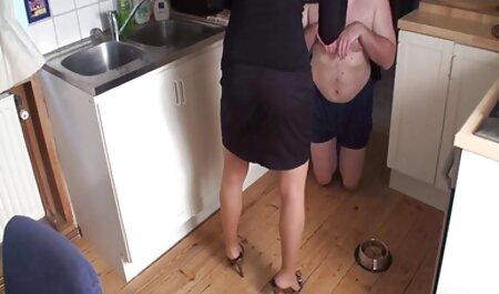 Rossa aringhe incesto amatoriale video domina e cazzo di una bambina in tre