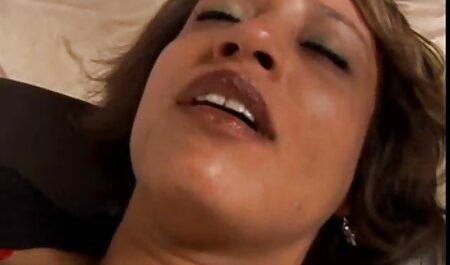 Anale profondo con la amatorial porn video sua padrona sul tavolo della cucina
